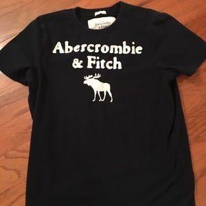 Men's size L Abercrombie & Fitch T-shirt